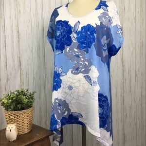 Chico's Size 3 Assymetrical Hem Blouse Blue Flower